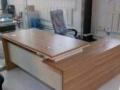 沈阳厂家订做办公桌,电脑桌,会议桌老板台屏风隔断桌