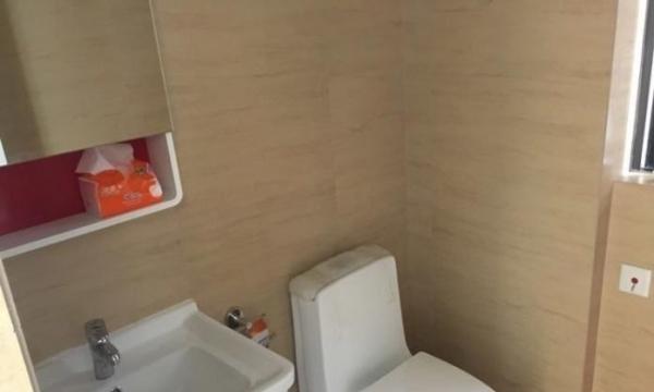 沿江华庭 1300元 1室1厅1卫 精装修带新八小 随时入住