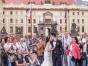 订婚纱照,送量身定做婚纱和微电影!