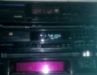出两台进口CD机声音听歌非常清楚亮丽