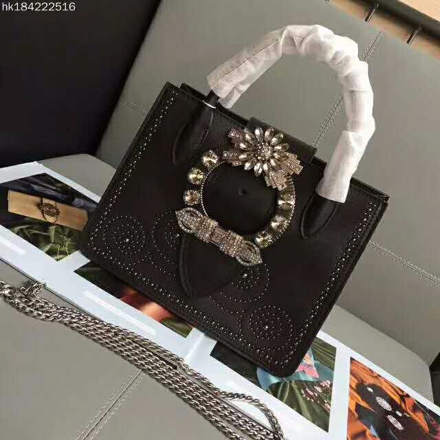 高仿奢侈品包包高仿香奈儿女包高仿普拉达男包一手货源