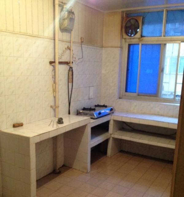 宛城安居小区 2室1厅 90平米 精装修 年付