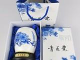 澳门陶瓷青花笔筒,高端办公摆件,旋转式陶瓷笔筒批发