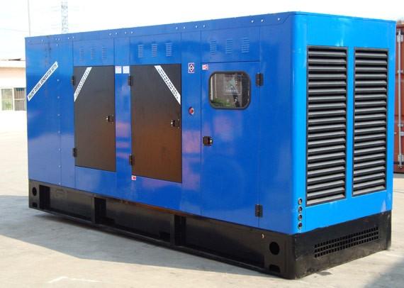 异步发电机(很少采用)   交流发电机还可分为单相发电机与三相发电机.