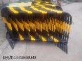供应深圳铁马护栏深圳黄黑临时围栏深圳铁马护栏厂家