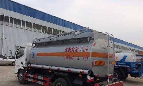转让 油罐车东风厂家生产供应5吨油罐车加油车