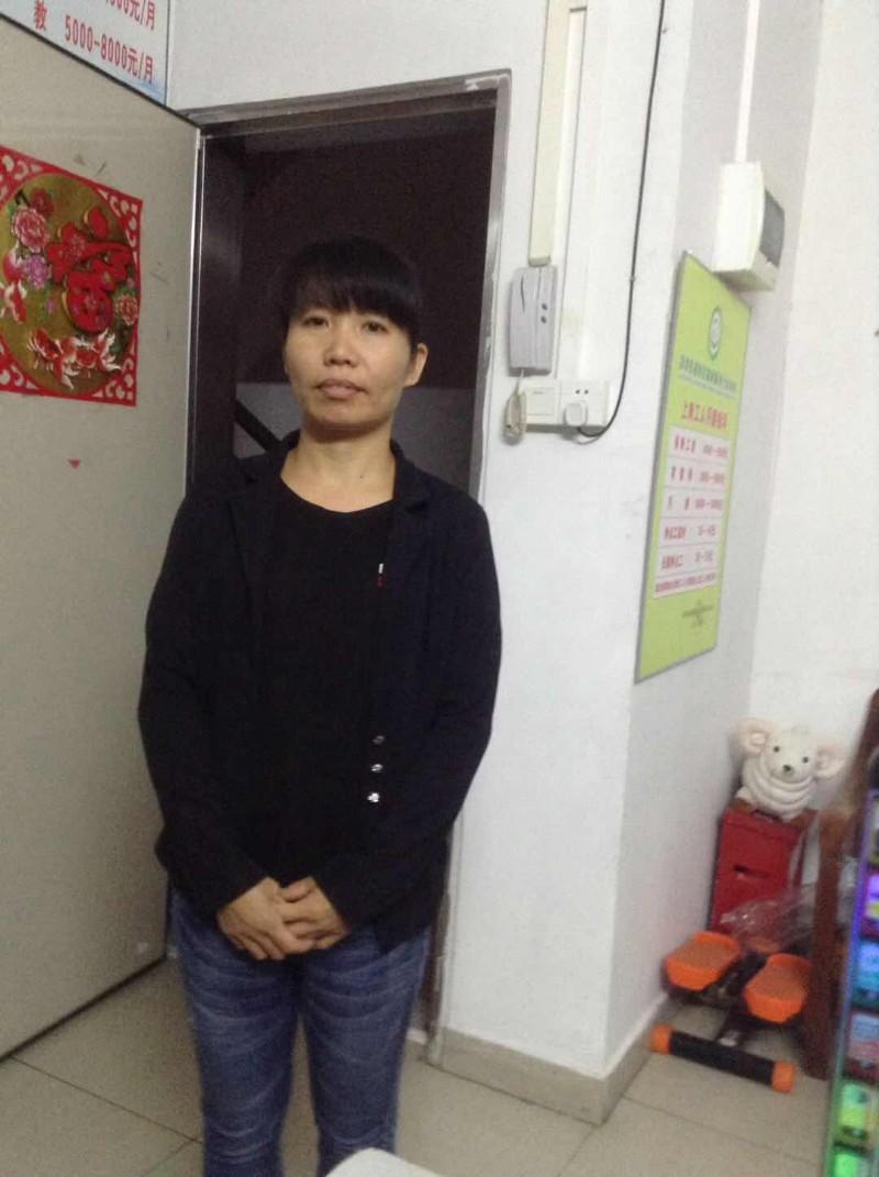 9月份服务费优惠中 深圳专业保姆 育婴师 月嫂 钟点工