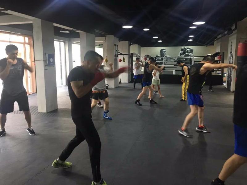 天津拳击私教工作室 悍将搏击俱乐部 火爆招生