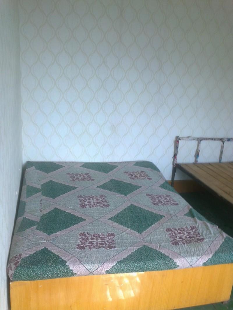月付500公园商业城6楼两室三阳床热水器宽带