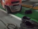 汽车轮胎坏了,24小时紧急救援服务