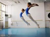 5岁以上孩子适合的专业舞蹈班 首选阿昆舞蹈