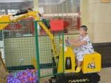 儿童大型挖掘机表演