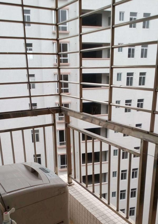 霞山绿塘村 2室1厅 主卧 朝南北 精装修