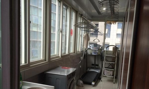 盘旋路兰州市城关区 3室2厅135平米 精装修 面议