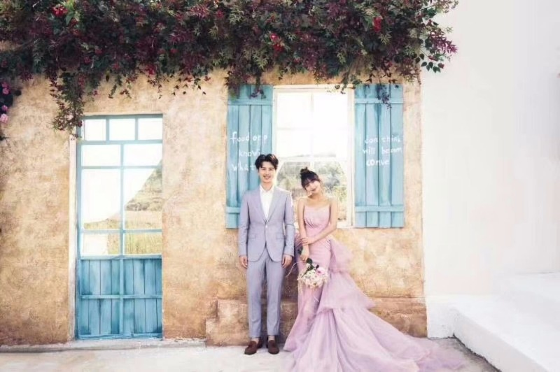 十年品牌,十年铸就!昆明凤凰视觉婚纱摄影!