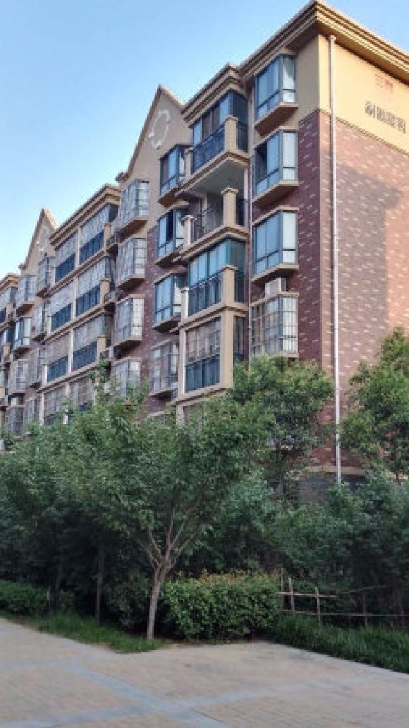 华南城对面 di铁 口 税满 居易国际城 南北通透2房 急售居易国际城