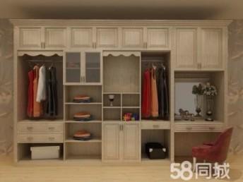 上海装修队旧房装修 厨房卫生间翻新 做防水刷涂料