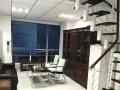 现代广场 上下两层 带办公桌 全景落地窗 采光好