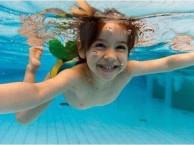 江门游泳培训班比较好暑期游泳少儿培训,成人培训