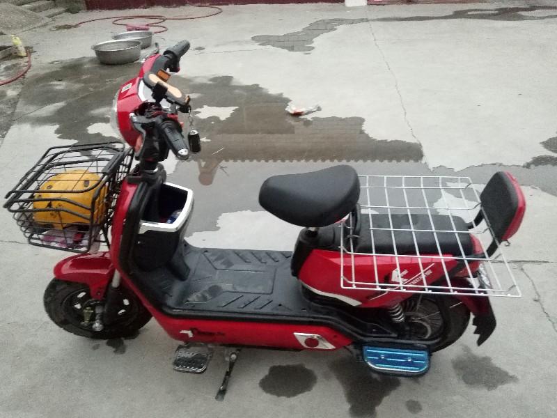 自用电车,想换个摩托,甩卖了