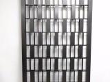 佛山臻劲不锈钢黑钛金屏风现代客厅定制花格隔断雕花新玄关