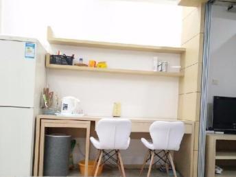 地铁口 紫金西城单身公寓 民用水电 拎包入住 景观房 **一紫金西区中央