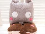 卡通老鼠毛绒空调被小熊抱枕空调毯 两用靠垫 午休办公室可用