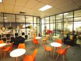 本物业萝岗区小型办公室注册地址出租,正规的租赁合同等场地资料