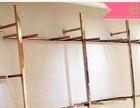 侧挂是自己开鞋店用了的 基本全新 还有鞋架和玻璃