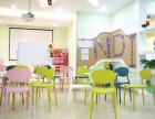 青少年学英语该不该去培训班?新动态国际英语给你个小建议