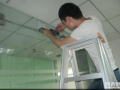 广州天河区玻璃门维修安装,中间锁,地锁维修简和服务部