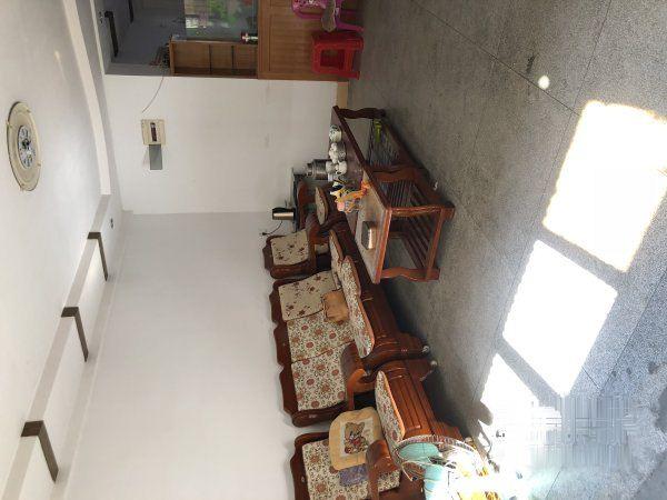 西桥附近小区 大三房 带家私家电 采光好 便宜出租!