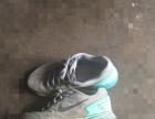 保证正品耐克登月6跑鞋