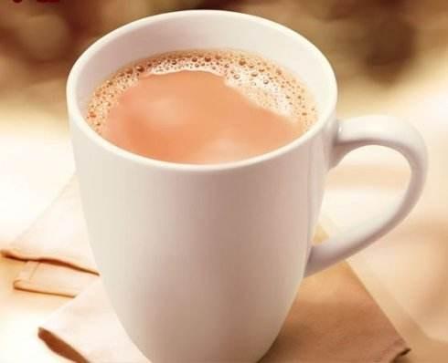 上海黑小黑奶茶县级加盟费用?黑小黑奶茶一天的利润