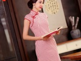 君迁子旗袍裙2015新款夏时尚改良短款红色连衣裙复古修身格子棉麻
