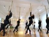 成都建校11年专业爵士舞钢管舞培训学校针对零基础教学小班授课