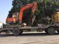 上海金山区石化各种型号液压挖掘机出租/1小时上门施工