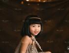 拍周岁照到东莞小木马儿童摄影