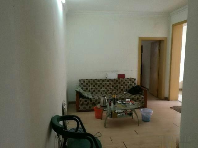 东门 1800元 3室2厅1卫 中等装修!正规高性价比,