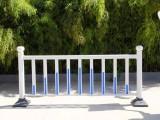 郑州锌钢护栏厂 道路隔离护栏多少钱一米