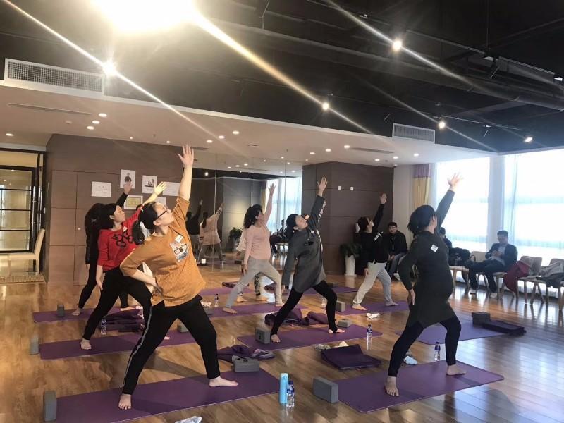 烟台芝罘区子午孕教-孕期瑜伽