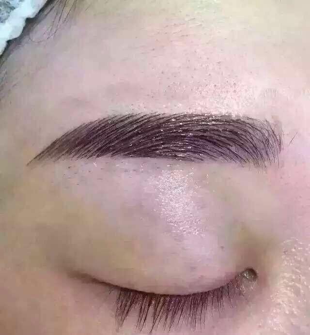 黄岛化妆学校哪家较好维纳斯化妆培训学校