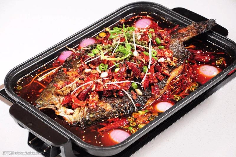 开一家滋鱼烤鱼加盟费多少钱