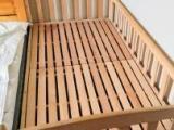 转让95成新榉木原木儿童床,含床垫