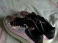 。半价价处理女鞋一双