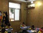 文化路小学东校周末教室出租 全新的桌椅配套设施