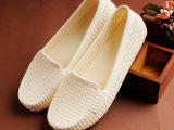 批发凉鞋女夏季新款包头平底护士沙滩洞洞女鞋妈妈鞋平跟厚底镂空