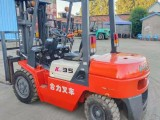赤峰全国回收附近二手7吨叉车合力4吨叉车