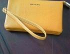 黄色精致手包