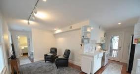 居巢滨湖景城 3室2厅 114平米 简单装修 押一付三
